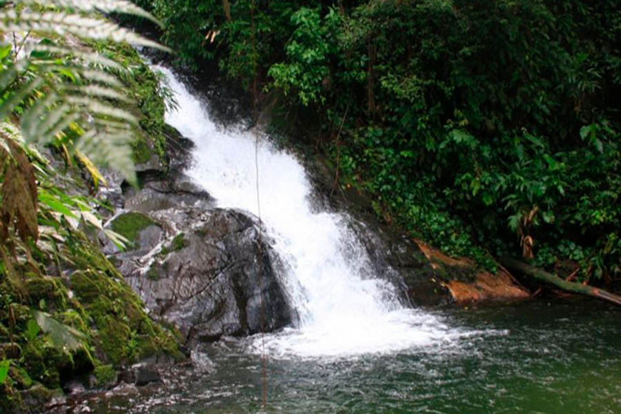 Cachoeira-do-Sertao-do-Cacau-Camburi-Naturam